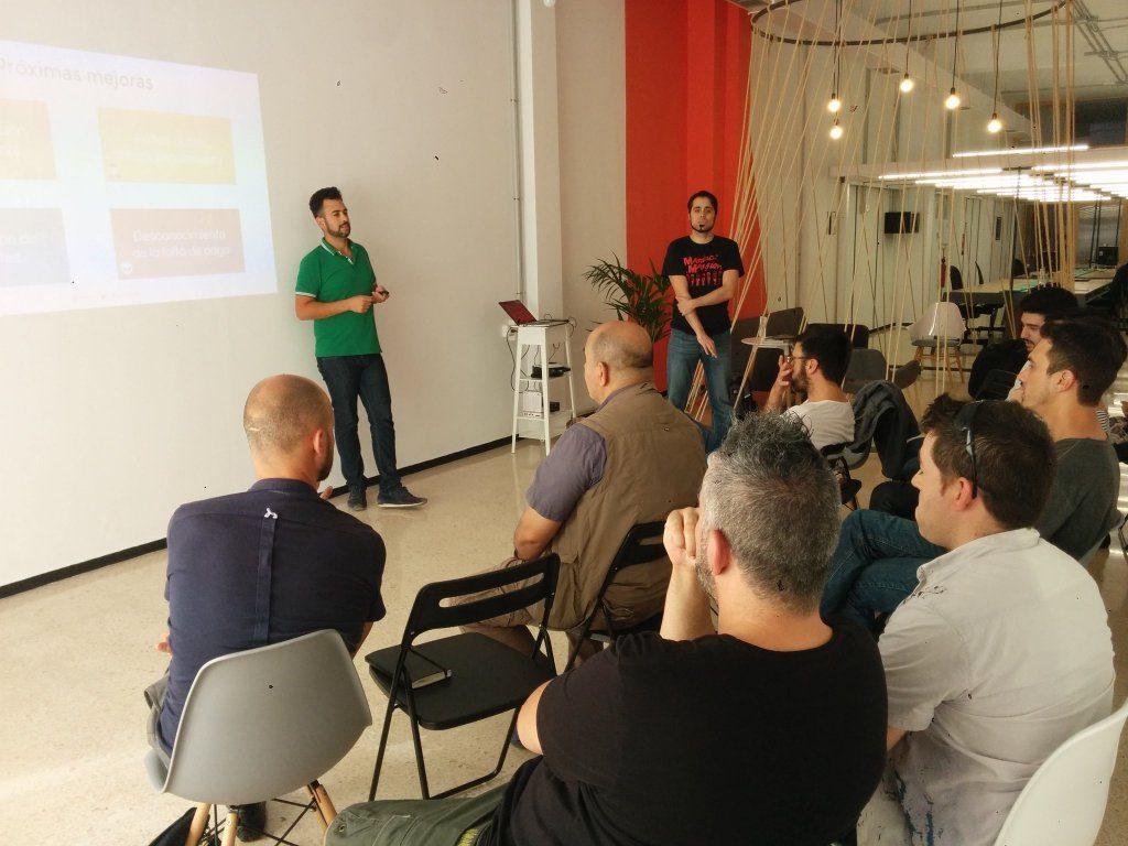 Xelso y Manz en Experimentos de Growth Hacking - Local Coworking