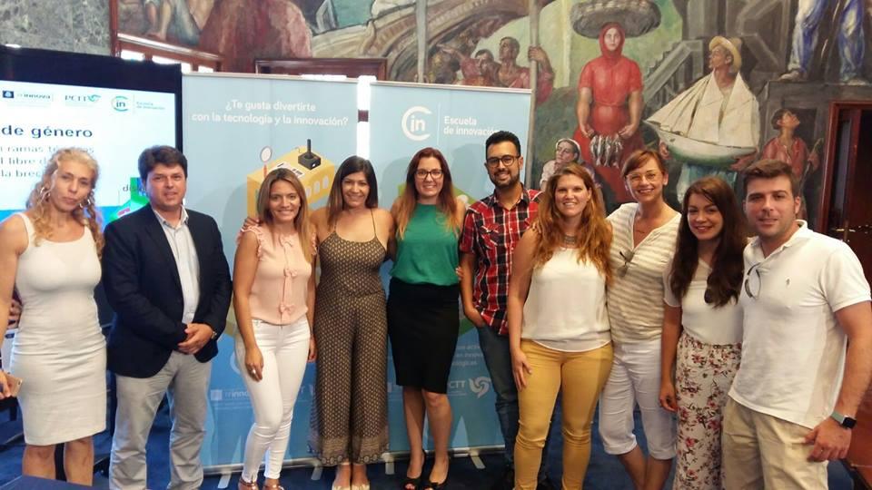 Equipo PCTT Julio 2016 - Presentación la Escuela de Innovación - Tenerife
